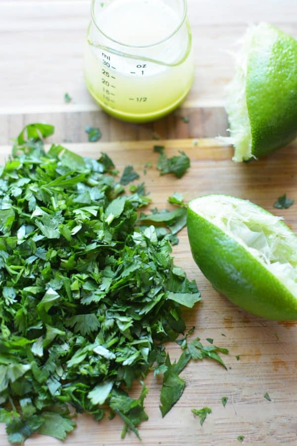 Make your own Cilantro Lime Rice in 10 minutes with cooked white or brown rice, fresh cilantro, and fresh lime juice #cilantrorice #cilantrolimerice #Chipotlerice #brownrice #healthymexican #cincodemayo