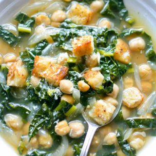 Healthy soup in 15 minutes with this In-a-Hurry Kale Chickpea Soup! Healthy, quick, weeknight meal #vegansoup #kalechickpea #vegan #chickpeasoup #kale #garbanzo
