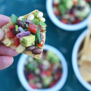 Healthy Mexican salsa in 10 minutes! Black Bean Corn Salsa with avocado #cowboycaviar #texmex #salsa #blackbeans #avocado #Mexican #cincodemayo #blackbeansalsa