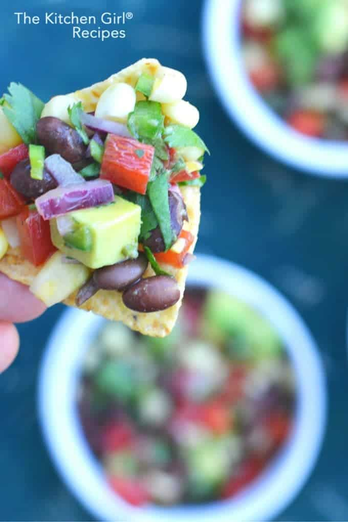 10 minute Black Bean Corn Salsa with avocado #cowboycaviar #blackbeansalsa #avocado #Mexican #cincodemayo