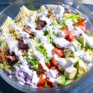 Bacon meets healthy in this BLT pasta salad with avocado and Greek yogurt ranch! #blt #bacon #ranch #greekyogurt #salad #bbq #laborday #memorialday #4thofjuly #summersalad #avocado