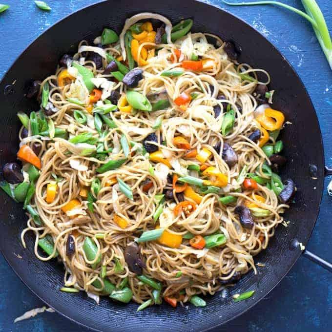 Vegetable Lo Mein Noodles